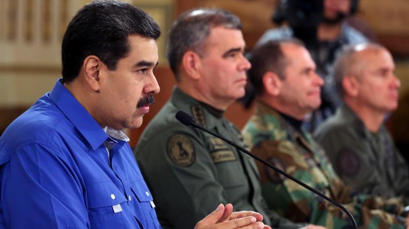 Venezuela: Forças Armadas confirmam lealdade a Nicolás Maduro