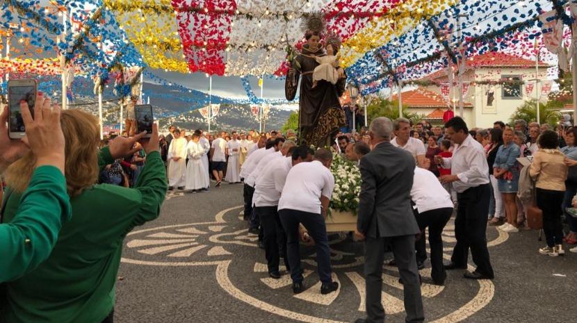 Procissão culminou caminhada de fé em Santo António (fotos e vídeo)
