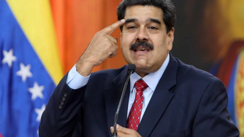 Antigos trabalhadores de petrolífera descontentes com Maduro