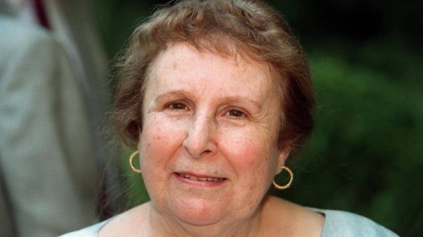 Egoísta reedita especial dedicado a Agustina Bessa-Luís para homenagear escritora