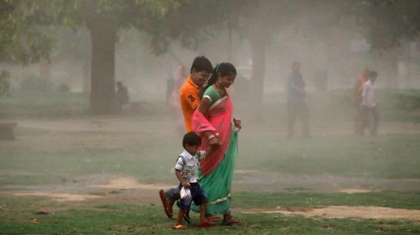 Tempestade no norte da Índia fez pelo menos 33 mortos
