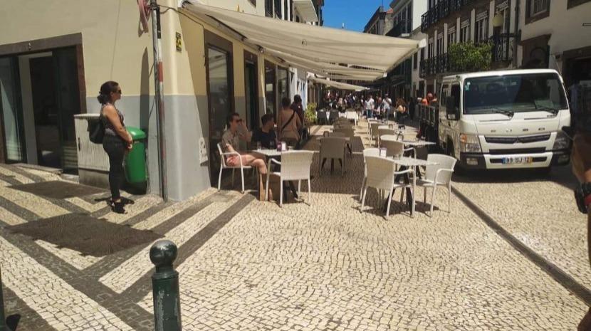Fiscalização às esplanadas do Funchal vai continuar