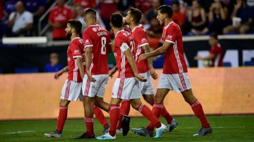 Golo de Caio Lucas a acabar dá vitória ao Benfica sobre Fiorentina
