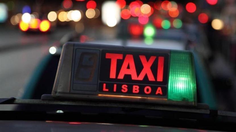 Taxista esfaqueado por condutor da Uber em Albufeira