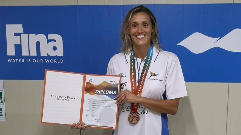 Nadadora do Clube Naval em 4.º lugar nas classificativas do Campeonato do Mundo de Masters