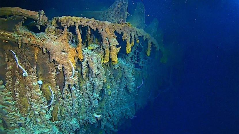 Novas imagens mostram destroços do Titanic no fundo do mar