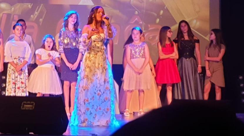 Júlia Ochôa fica em 2.º lugar no 'Festival Internacional da Canção da Serra da Estrela'
