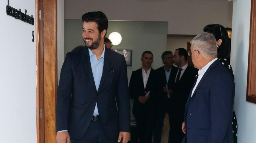 Miguel Silva Gouveia presente na inauguração do Julgado de Paz de Santa Cruz que integra Agrupamento do Funchal