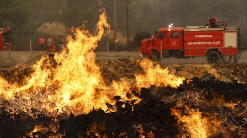 Um desalojado em incêndio que destruiu parcialmente uma casa em Castelo de Paiva