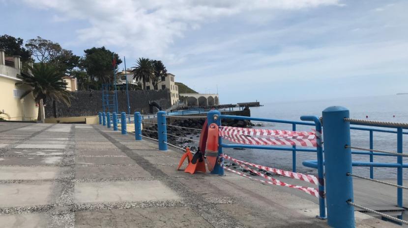 Santa Cruz: Praia das Palmeiras interdita a banhos