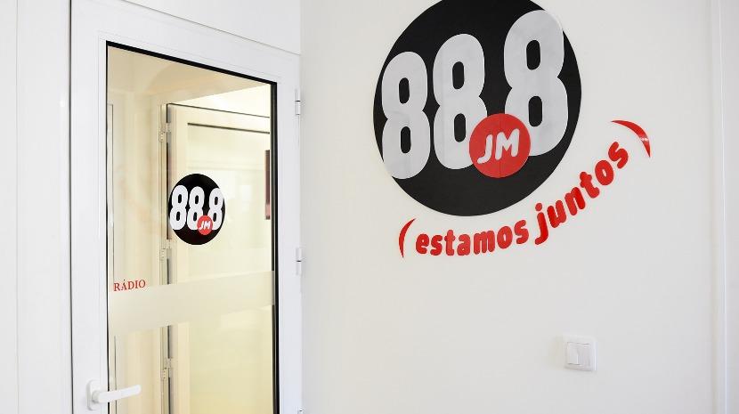 Noite eleitoral na 88.8 JM FM a partir das 19 horas