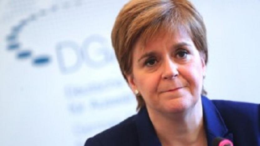 Chefes de Governo escocês e galês defendem demissão de Boris Johnson