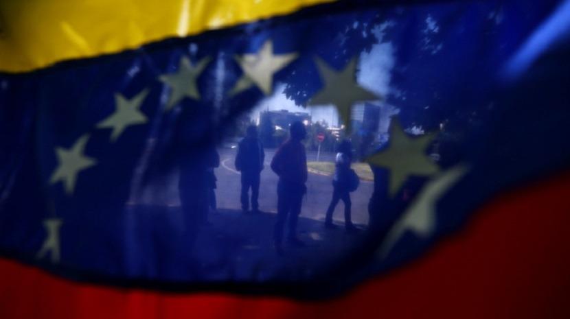 Venezuela: UE alarga lista de sanções e anuncia conferência em Bruxelas