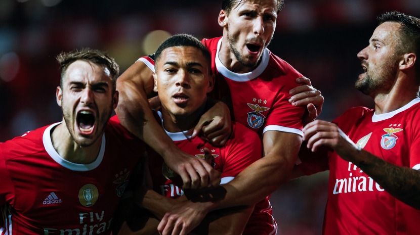 Benfica vence à justa Vitória de Setúbal