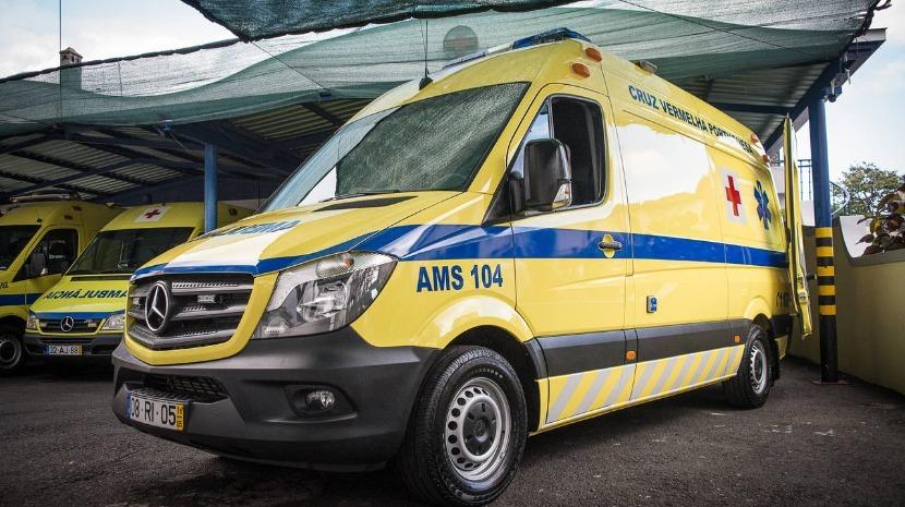 Mulher com suspeita de enfarte transportada pela CVP ao hospital