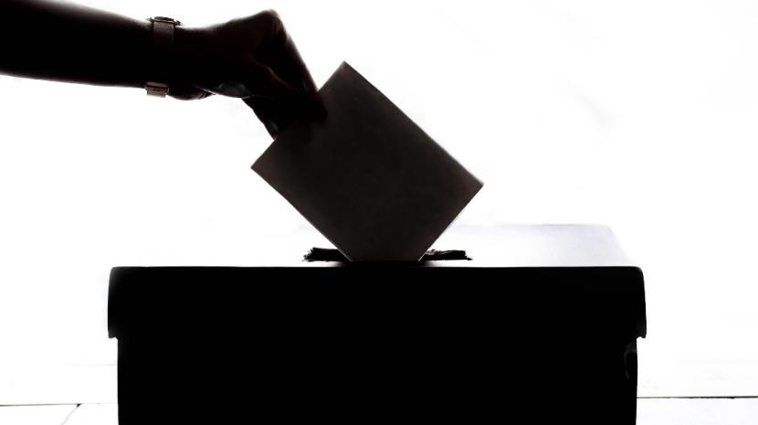 """Comissão Nacional de Eleições não afasta hipótese de """"fraude eleitoral"""""""