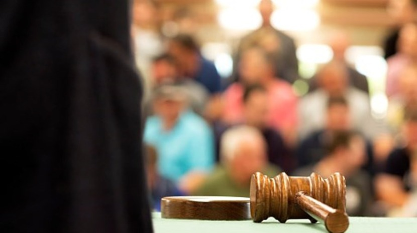 Criança de nove anos vai ser julgada nos EUA por cinco homicídios em primeiro grau