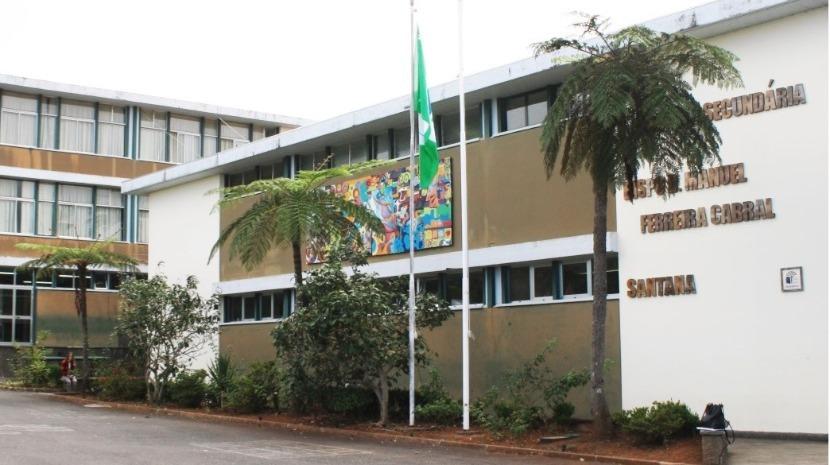 Escola Bispo D. Manuel Ferreira Cabral celebra 37 anos esta sexta-feira