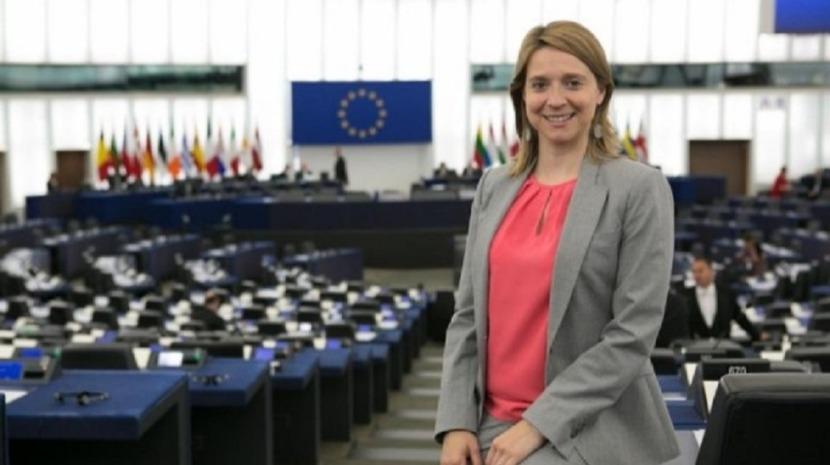 Cláudia Monteiro de Aguiar promove banana europeia no Parlamento