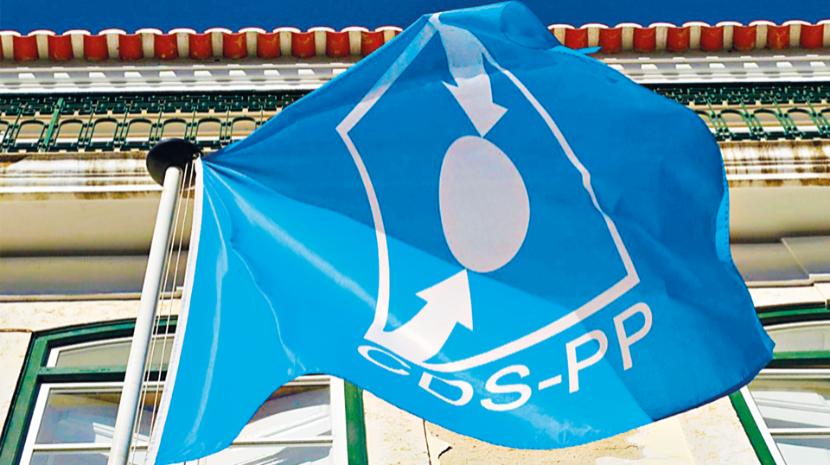 CDS-PP com dívidas de dois milhões despede funcionários e encerra sedes