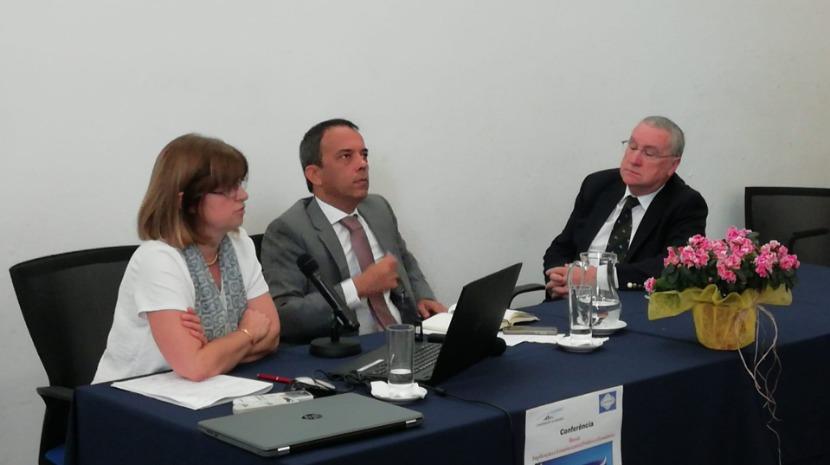 Professores comentaram novo adiamento do Brexit em conferência no Colégio dos Jesuítas