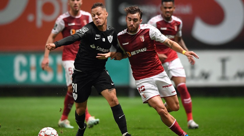 Braga vence Santa Clara e sobe a nono da I Liga