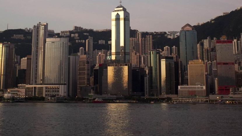 Lugar de estacionamento em Hong Kong vendido por quase 900 mil euros