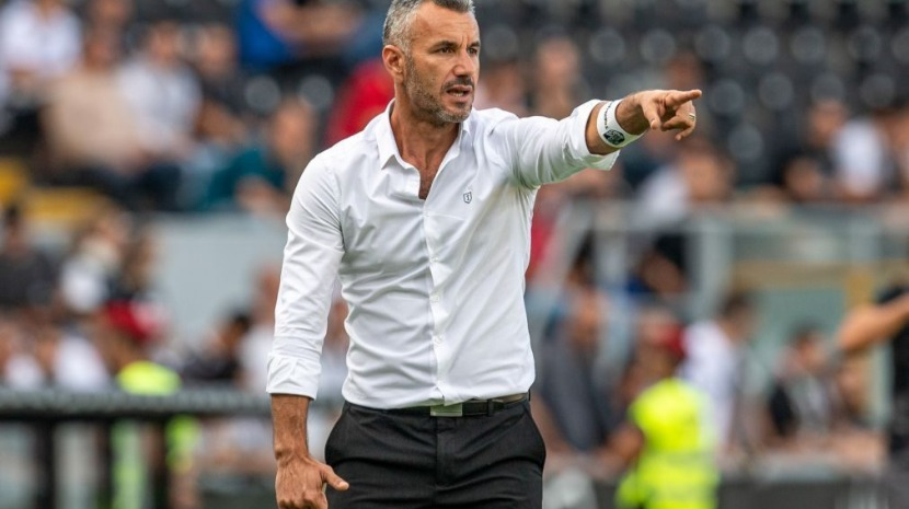 Vitória de Guimarães procura primeiros pontos para a Liga Europa na receção ao Arsenal