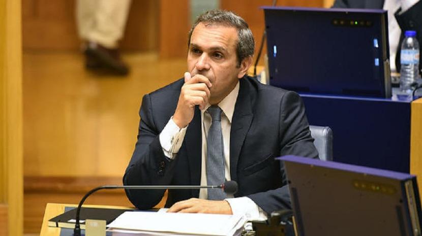Carlos Pereira com as pastas da Economia, Inovação e Obras Públicas no Grupo Parlamentar do PS