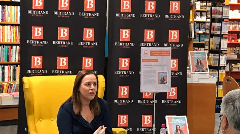 """Cristina Manso Preto apresentou o seu livro de receitas """"acessíveis"""" esta tarde no 'La vie'"""