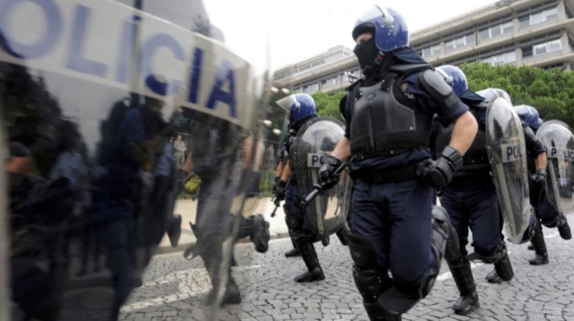 Governo desmente que polícias tenham de comprar material mas associações da PSP e GNR negam