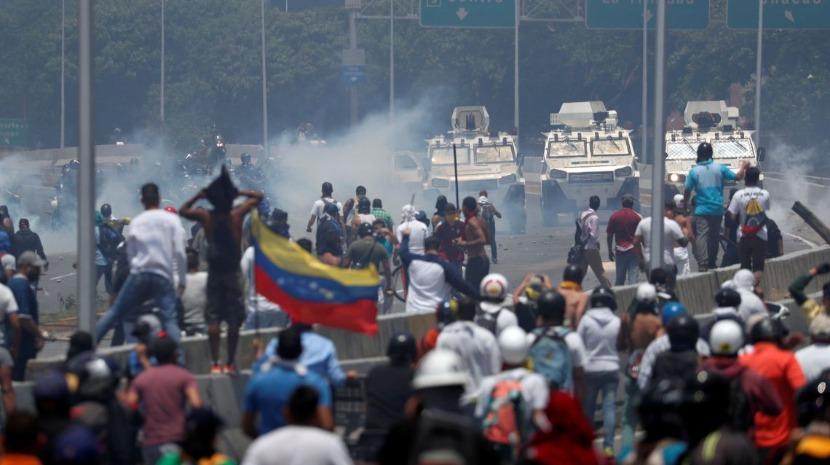 Venezuela: Igreja Católica insta Governo e oposição a encararem mudanças políticas