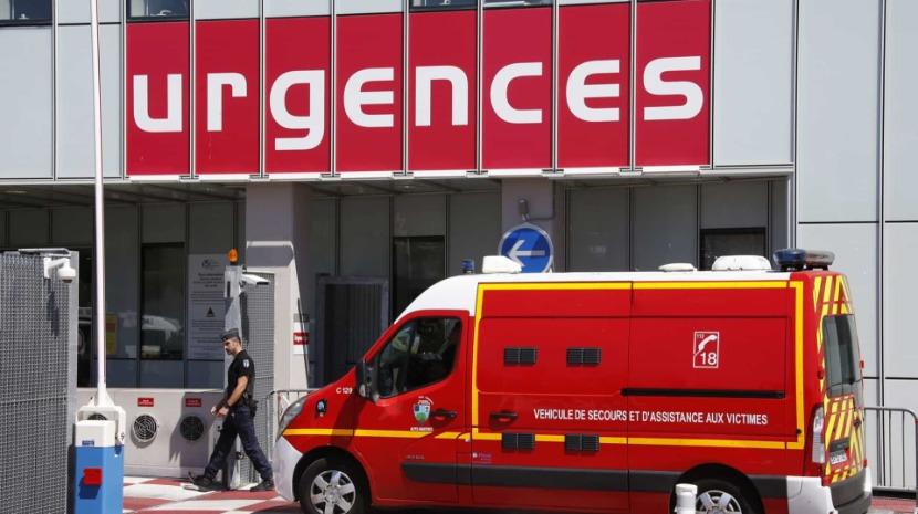 Mãe atira filho de um mês e filha de três anos pela janela de um terceiro andar em França