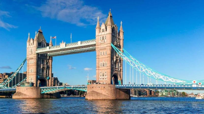 Polícia está a investigar incidente com tiros na ponte de Londres