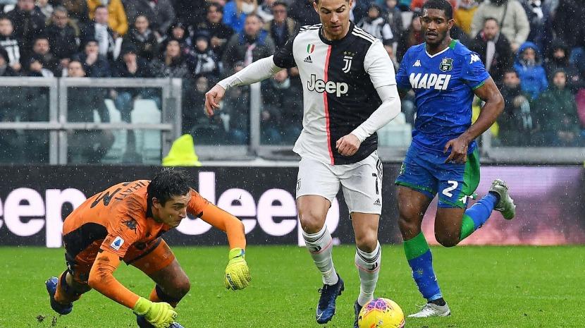 Ronaldo marca mas Juventus empata em casa com o Sassuolo