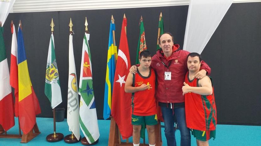 Atletas madeirenses de basquetebol com síndrome down representam Portugal no Campeonato do Mundo