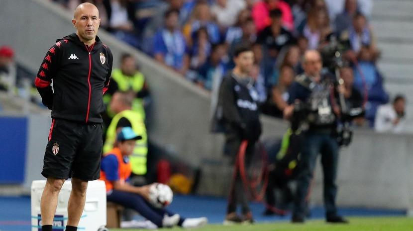 Leonardo Jardim derrota Amiens e soma quinta vitória consecutiva em casa