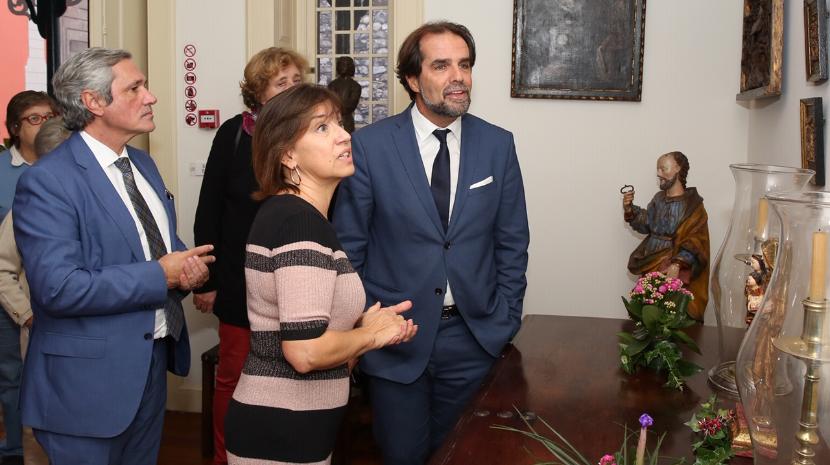 Veja o vídeo da visita de Albuquerque à exposição 'Natal na Casa da Calçada'