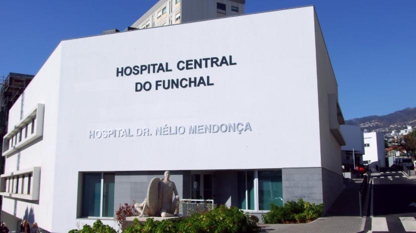 La Vie leva Pai Natal ao Hospital Dr. Nélio Mendoça no dia 23 de dezembro