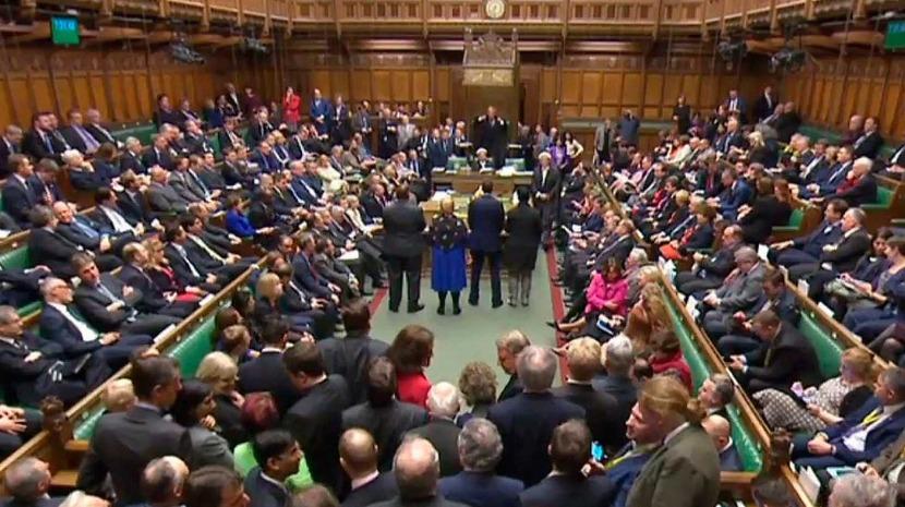 Brexit: Parlamento britânico aprova acordo de saída da UE