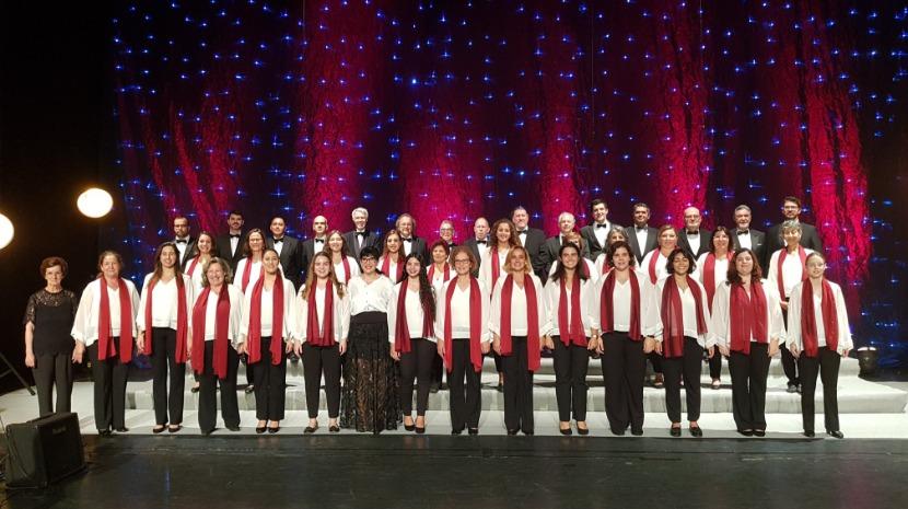 Coro de Câmara da Madeira atua este sábado na Placa Central e no Teatro