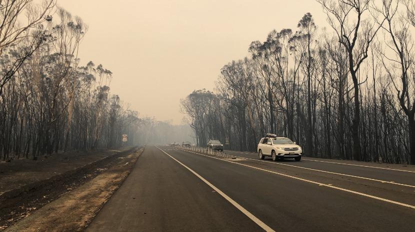 Austrália autoriza retirada forçada de pessoas perante novo pico de incêndios