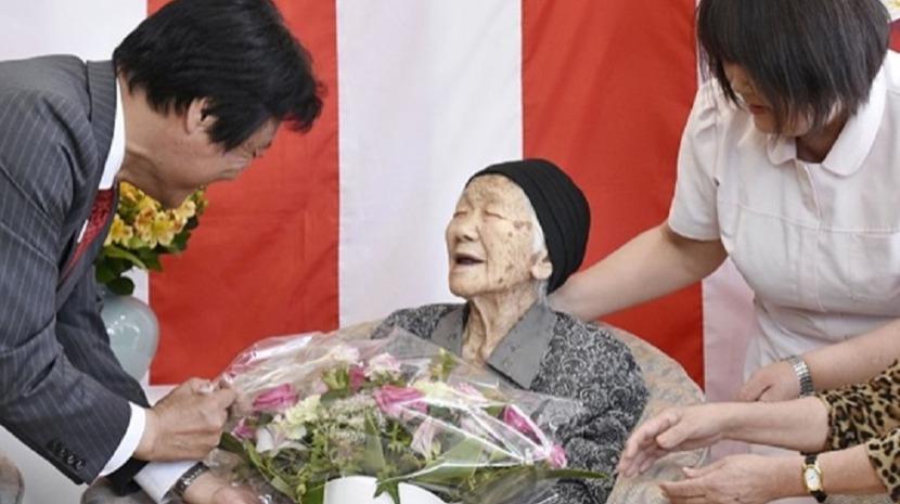 Japonesa celebra 117 anos e aumenta o próprio recorde como pessoa mais velha do mundo