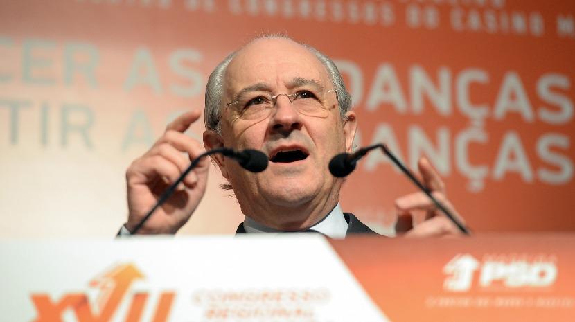 """PSD: Rio defende que partido """"não pode andar a triturar líderes"""""""