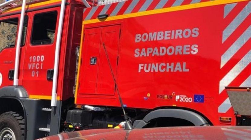 Bombeiros apagam incêndio no Funchal