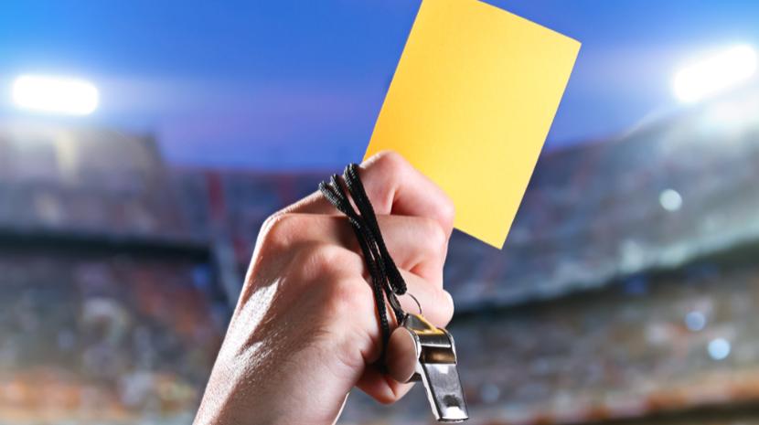Federação alemã vai testar suspensão temporária por acumulação de amarelos