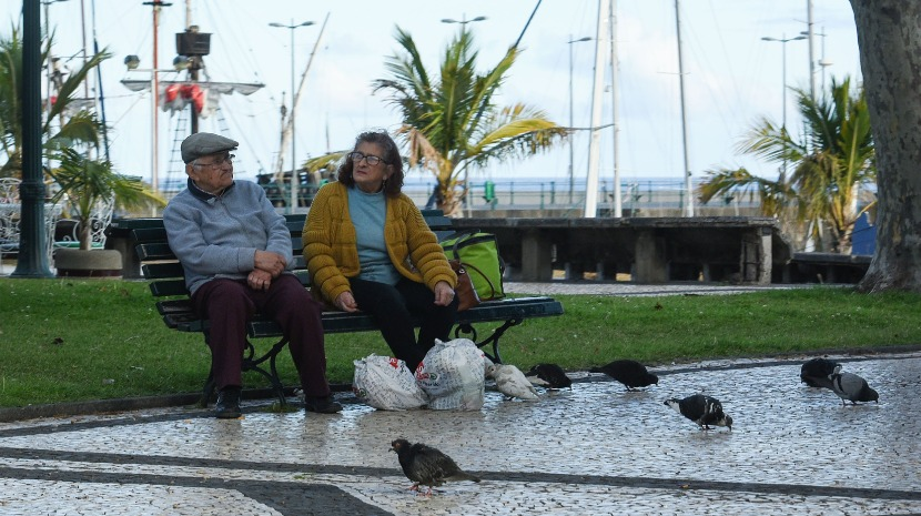 Covid-19: PSP pede especial atenção aos idosos