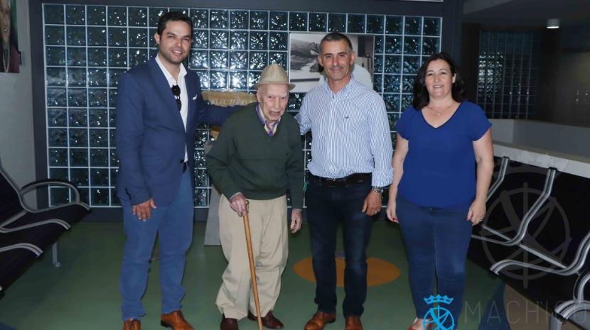 Museu da Baleia celebra 30.º  aniversário com antigo baleeiro de 108 anos