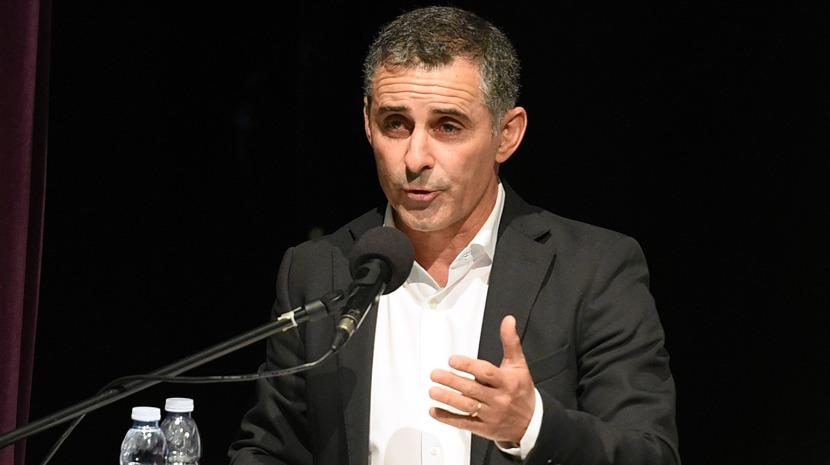 """Abertura das cantinas escolares é uma medida que """"peca por tardia"""", diz Ricardo Franco"""