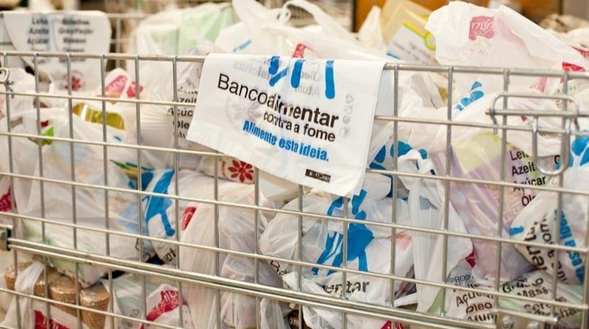 Banco Alimentar da Madeira entrega amanhã cabaz à Associação Santana Cidade Solidária